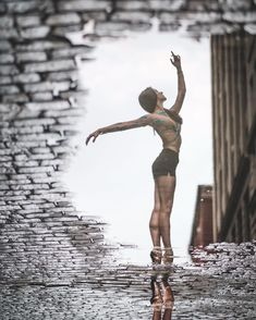 Taught By Marcel Marceau, Omar Robles Photographs Dancers In the Streets. Outdoor Dance Photography, Dancer Photography, Urban Photography, Street Photography, Dance Pictures, Cool Pictures, Dance Photo Shoot, Ballet Images, Paris Opera Ballet