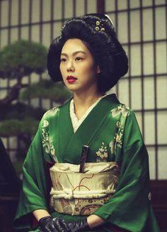 "fuckyeahcostumedramas: "" Kim Min-hee in 'Agasshi/The Handmaiden' "" Happy Movie, Movie Tv, Movie Scene, Mademoiselle Film, Kim Min Hee, Memoirs Of A Geisha, Body Poses, Aesthetic Movies, Movie Costumes"