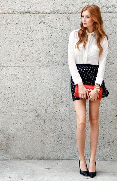 DailyLook: Dot Your I's and Cross Your Tees