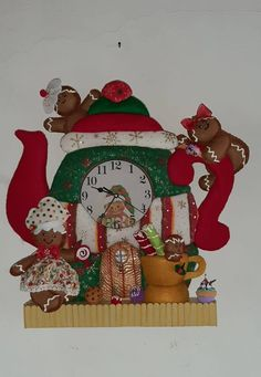 Christmas Stockings, Holiday Decor, Home Decor, Scrappy Quilts, Christmas Houses, Christmas Crafts, Clocks, Needlepoint Christmas Stockings, Decoration Home