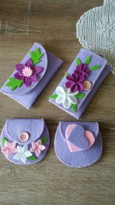 Porta occhiali feltro Felt Crafts Patterns, Felt Crafts Diy, Foam Crafts, Felt Diy, Diy Arts And Crafts, Fabric Crafts, Crafts For Kids, Felt Phone Cases, Felt Case