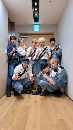 Happy Evening, Baby Photos, Couple Photos, Stray Kids Seungmin, Kids Board, Lee Know, Lee Min Ho, South Korean Boy Band, Future Husband