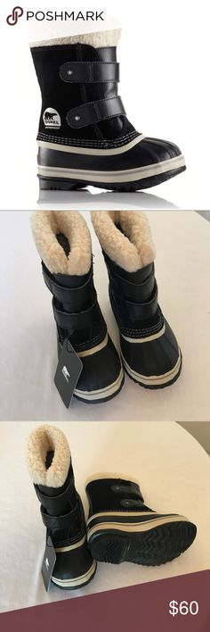 "Sorel, kids, 1964 pac strap, black, nib Sorel, kids 1964 pac strap, black, multiple sizes. no trades, nib.  Seam-sealed waterproof construction 2 hook-and-loop straps for easy closure Removable 9mm washable recycled felt inner boot with sherpa pile snow cuff 25mm bonded felt frost plug midsole Handcrafted vulcanized rubber outsole with herringbone pattern Sorel-rated: -40°F Shaft Height: 7.75"" (Size 8) Fit: True to Size Insole: Removable Recycled Felt InnerBoot Outsole: Rubber Upper…"