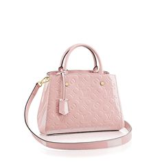 key:product_share_product_facebook_description Montaigne BBkey:global_colon With numerous carry options, the Montaigne BB is a compact alternative for businesswomen who don't wish to carry too much. And of course it looks beautiful in Monogram Vernis leather.