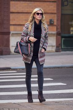 3d6cf21ba3ac Nicky Hilton Houndstooth Jacket, Nicky Hilton, Paris Hilton, Erin Holland,  Maternity Fashion