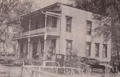 This was the Riverwiew Hotel at Chippewa Bay in the early 1900s.