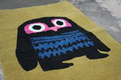 """The owl from """"A bit lost"""" by Chris Haughton - as a rug. Love the book. Love the rug. For Henry's room? Or the playroom?"""