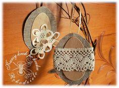 DIY Handmade: Woskowe pisanki, kraszanki - 50 wzorów i schematów Crochet Flower Patterns, Crochet Flowers, Crochet Lace, Fabric Flowers, Sewing Patterns, Christmas Crafts, Christmas Ornaments, Doll Hair, Barbie