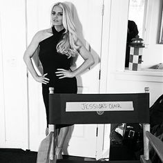 "Jessica Simpson ""proud"" of weight loss in stunning black and white pic 
