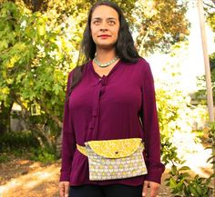 How to sew a modern fanny pack- plan to modify into a running/walking/biking pack Sewing Patterns Free Dog, Free Sewing, Fanny Pack Pattern, Dog Treat Bag, Clutch Pattern, Handbag Patterns, Diy Couture, Sewing Projects For Kids, Sewing Accessories