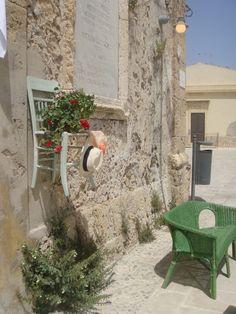 La piazzetta di Marzamemi, Sicilia