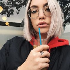 @phiphibb wears Japan style OP-43 Oliver Peoples, Japan Fashion, Japan Style, Female, Glasses, Hair, How To Wear, Faces, Eyewear