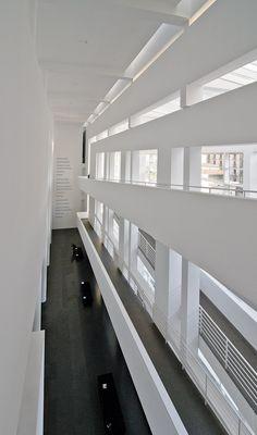 Clásicos de Arquitectura: Museo Mac de Barcelona / Richard Meier & Partners Architects, LLP
