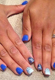 Nail Call: Get this square blue nails look!