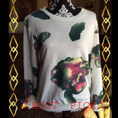 """🎃SALE🎃🔥HP🔥 PEONY FLORAL SWEATSHIRT 🌟🔥🎉👏 ✳️HOST PICK✳️🎉👏BNWT👏🎉🔥Gorgeous Peony Floral print on front and back of this must have sweatshirt. Says XL ON TAG, BUT SIZED FOR M/L. Bust 40"""", sleeve length 24"""" approx, length from collar to bottom hem approx 25"""". Bought from a fellow posher for a much higher price, but fit was too snug on me. Willing to sacrifice and priced accordingly.🔥🔥✨ FYT FASHION Sweaters"""