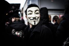 Anonymous publishes names of alleged Ku Klux Klan members V For Vendetta Comic, Anonymous Mask, Ku Klux Klan, Hacker Wallpaper, Tango Dance, Guy Fawkes, Cyber Attack, Knock Knock, Vulnerability