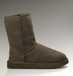 $39.9 Ugg Classic Short 5825 Boots Chocolate,www.fashionbootsale.org