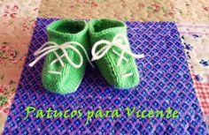 Patucos a dos agujas #laboresenlaluna #patucos #tejer #knit #calceta #handknitted #handmade #diy #tejer #hechoconamor #hechoamano #hazlotúmisma #lana #wool #katia #bebé #baby