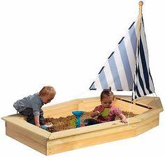 kleines piratenschiff seepferdchen von almh tte cabane. Black Bedroom Furniture Sets. Home Design Ideas