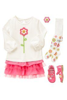 Gymboree Twirly girl outfit / flower long sleeve tee & pink ruffle tulle skirt