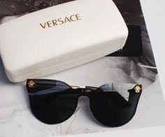 Image via We Heart It https://weheartit.com/entry/111460046/via/13214300 #OMG #sunglasses #Versace #wannahave