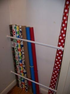 Tension rods for wrapping paper Making Cooley Stuff: Closet Organization: Easy Wrapping Paper Storage Apartment Closet Organization, Organization Hacks, Scrapbook Organization, Organizing Ideas, Shower Rods, Diy Rangement, Diy Organizer, Craft Storage, Storage Ideas