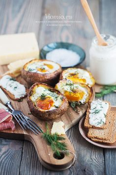 Затврак, или обед, или ужин – печёные яйца с картошкой годятся на что угодно!