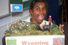 Wyoming State Float | -grader Anais Piquion displays her Parade of States Float, 'Wyoming ...