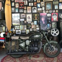 Green Motorcycle, Motorcycle Humor, Bullet Bike Royal Enfield, Gs500, Freedom Riders, Enfield Classic, Enfield Motorcycle, Scrambler, Custom Bikes