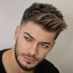 Side Brush Up and Taper Fade - Best Short Haircuts For Men: Cool Men's Short Hairstyles Mens Hairstyles Fade, Cool Hairstyles For Men, Hairstyles Haircuts, Men Hairstyle Short, Guy Haircuts, Popular Mens Hairstyles, Mens Hair Fade, Men Haircut Short, Popular Boys Haircuts
