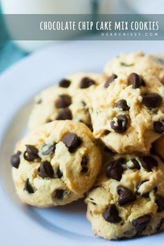 Chocolate Chip Cake Mix Cookies - so moist and delicious, plus, CAKE MIX.. you can't find an easier recipe! | dearcrissy.com