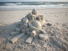 Amazing Modernist Sandcastles Sculpted by Calvin Seibert | Smart ...
