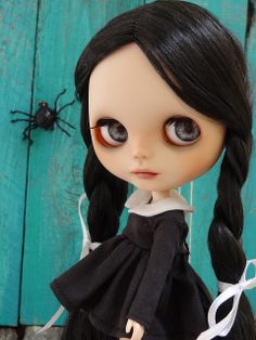 Wednesday Blythe | Flickr - Photo Sharing! Crea Fimo, Tim Burton Art, Shiny Eyes, Crazy Toys, Living Dead Dolls, Wednesday Addams, Gothic Dolls, Creepy Dolls, Weird Art