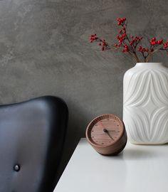 Table Clock- wood+ cork http://ow.ly/KeVBX