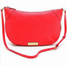 Marc by Marc Jacobs Washed Up Leather Messenger Bag, Flame Scarlet MARC JACOBS http://www.amazon.com/dp/B00HDZBZK4/ref=cm_sw_r_pi_dp_d6r-tb1KT99JQ