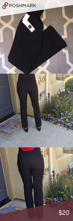 Black Maternity Slacks These pants are SO comfortable and very forgiving. They are sized as M. Per the tag medium will fit 8/10. However these I am a small (4) and as the pictures show they still fit me & I'm not even pregnant. There is so much stretch and forgiveness that I feel like people across multiple sizes can where them. Let me know if you have any questions at all. Please not that In order to capture detail I increased light to pics resulting in pants appearing faded. However they…