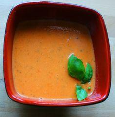 Zupa-krem z pomidorów z mlekiem kokosowym