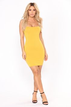 Sexy, trendy and cute mini dresses that'll suit your body perfectly and work for the beach, date night, the club or school. Find your next go-to mini dress at Fashion Nova. Mustard Fashion, Dress Skirt, Bodycon Dress, Tank Dress, Fashion Nova Models, Fashion Trends, Black Tube Tops, Good Looking Women, Le Jolie