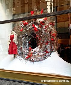 I figure this is the perfect time to post these Anthropologie winter window photos from the Rockefeller Center store.  There's a lot of snow...