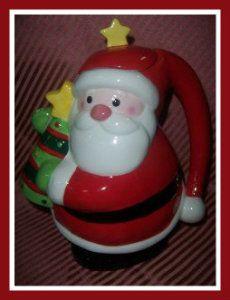 Potted Christmas Trees, Christmas Tea, Christmas Themes, All Things Christmas, Christmas Holidays, Christmas Ornaments, Holiday Decor, Santa Clause, Chocolate Pots