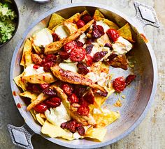 A different take on the classic one-pot, this one has a Mexican twist. Nachos, smashed avocado, jalapeños, chorizo and tender chicken pieces - what's not to love?
