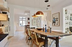 The floor, the table and everything on the walls. Bettina-Holst-Homeinspiration-9