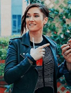 Supergirl Alex, Floriana Lima, Tv Show Couples, Alex Danvers, Chyler Leigh, Lena Luthor, Melissa Benoist, Dream Land, Batwoman