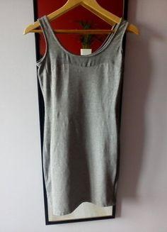 Kup mój przedmiot na #vintedpl http://www.vinted.pl/damska-odziez/krotkie-sukienki/15294665-sliczna-szara-sukienka-z-dzianiny