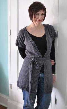 Pattern for beautiful knit cardi Jumper Knitting Pattern, Cardigan Pattern, Jacket Pattern, Knitting Patterns Free, Free Knitting, Free Pattern, Sewing Patterns, Belted Cardigan, Shrug Cardigan