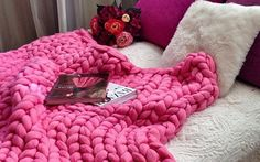 Merino Wool Blanket, Girl Baby Shower, Baby Girls Shower, Bridal Shower Gifts For Bride, Unique Baby Giant Knit Blanket, Heavy Blanket, Pink Blanket, Chunky Blanket, Knitted Blankets, Merino Wool Blanket, Pink Throws, Diy Friendship Bracelets Patterns, Chunky Knit Throw