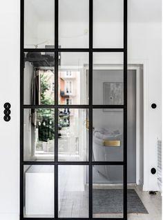 Binnenkijken Decor Inspiration, Furniture Inspiration, Interior Design Inspiration, Condo Design, House Design, Sas Entree, Entry Way Design, Grey Flooring, Elegant Homes