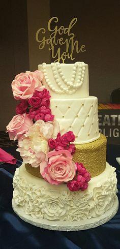 Hollywood Glam wedding cake