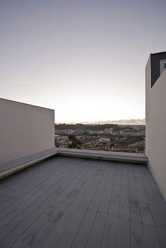 House in Pousos / Ricardo Bak Gordon