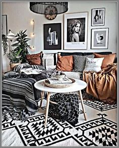 Handmade long wool carpet Moroccan striped blanket simple modern living room Boho Living Room, Living Room Decor, Bedroom Decor, Bohemian Living, Living Rooms, Cozy Living, Bohemian Style, Bedroom Ideas, Wall Decor